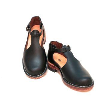 Tstrap Shoe