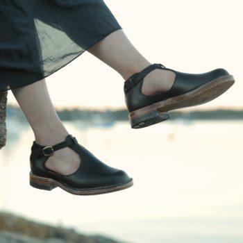 Tstrap Shoe jumonjiworks